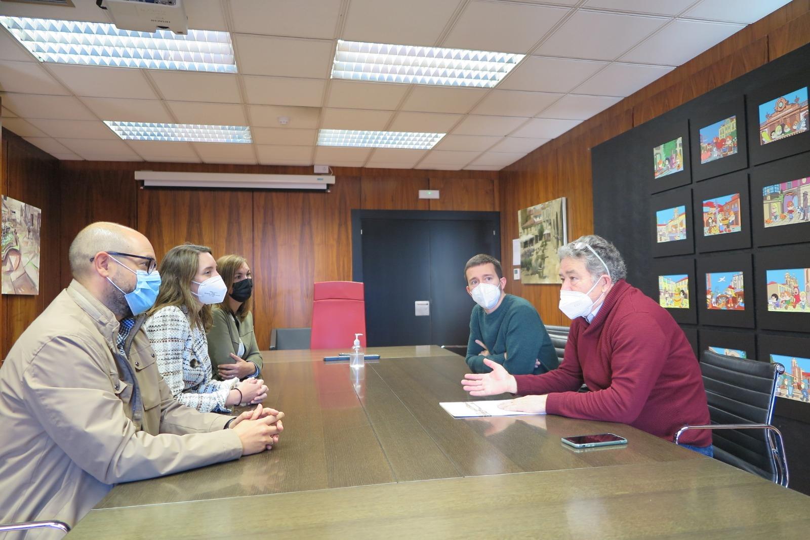Imaxe da reunión mantida en Pontevedra