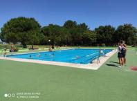 Cursos de natación nas piscinas descubertas
