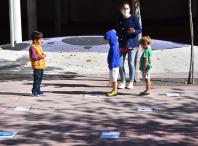 Imaxe dos rapaces e rapazas que participan no Setembro Lúdico na EEI do Milladoiro