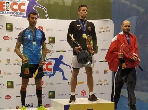 O amesán Borja Golán é subcampión de Europa de squash