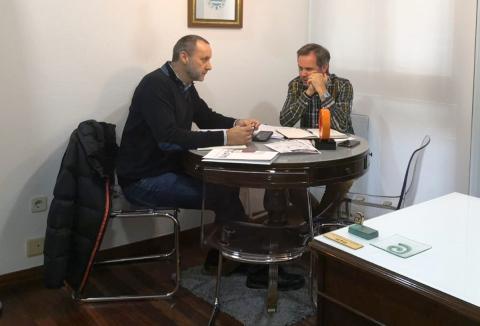 O alcalde de Ames reúnese coa Confederación Galega de Persoas con Discapacidade