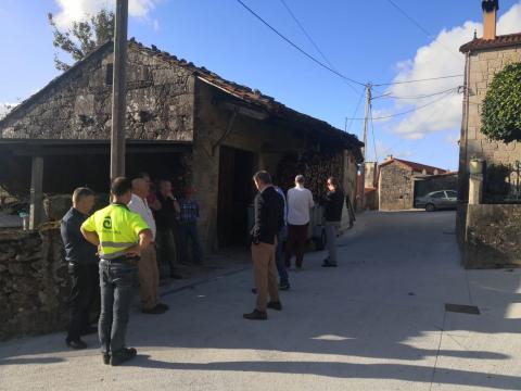 Membros do goberno municipal visitaron o núcleo de Vilouta, na parroquia de Tapia