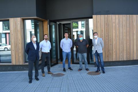 Imaxe da visita feita ao novo centro coworking A Proa