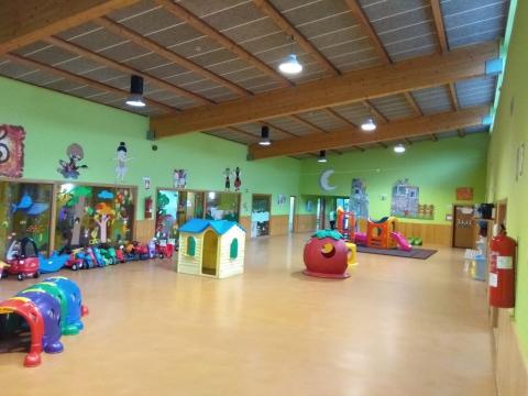 O Concello de Ames aproba de xeito inicial a gratuidade para os segundos fillos/as nas escolas infantís municipais O Bosque e A Madalena