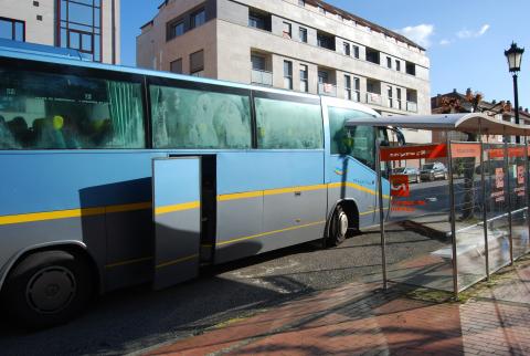 Imaxe de arquivo dun autobús na avenida da Maía, en Bertamiráns