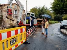 O alcalde de Ames visitou as obras da rede de pluviais na Travesía de Fontaldeiro e da Agra