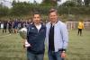 Entrega do trofeo de campión ao Milladoiro SD